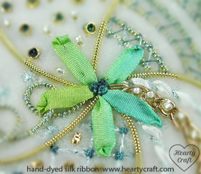 Ribbon Stitch - Silk Ribbon Embroidery - Hearty Craft