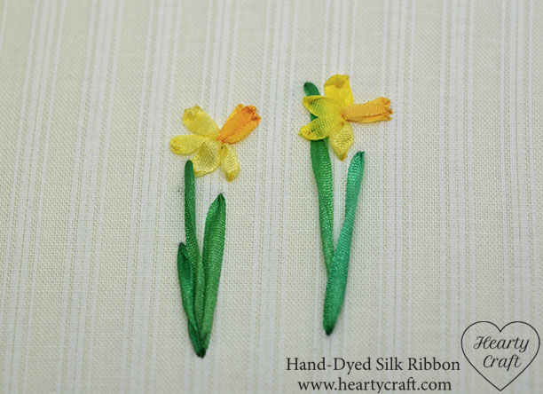 Embroider daffodil leaves with silk ribbbon
