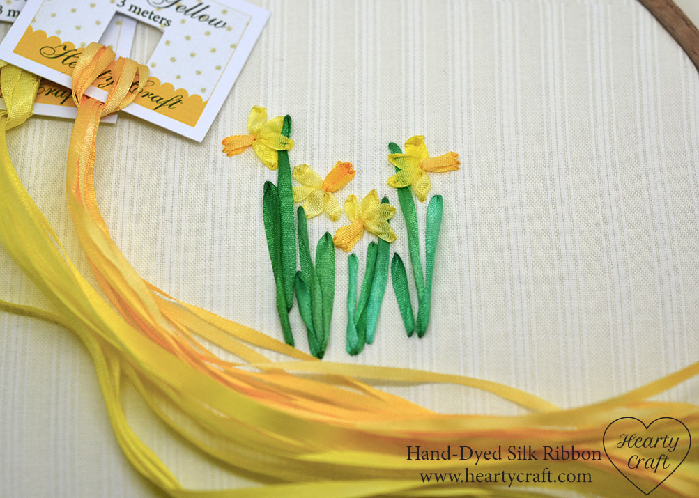Daffodils silk ribbon embroidery