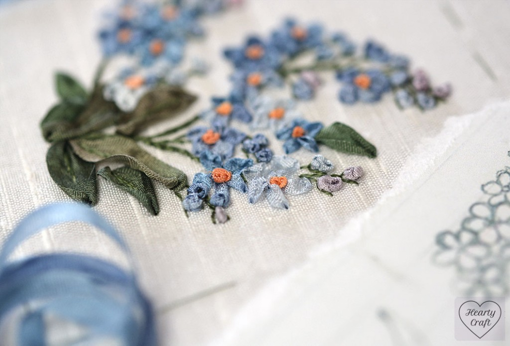 Forget-me-nots buds embroidery with silk ribbon